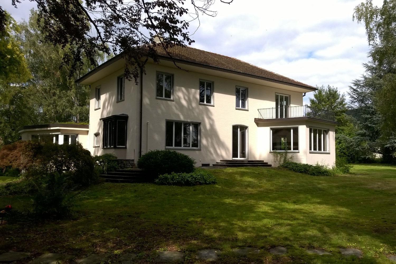 Villa Reinach AG